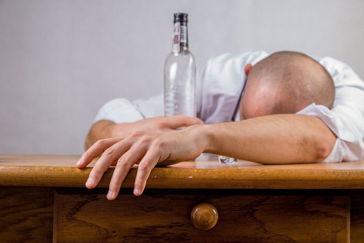 Dronken magazijnmedewerker mag blijven